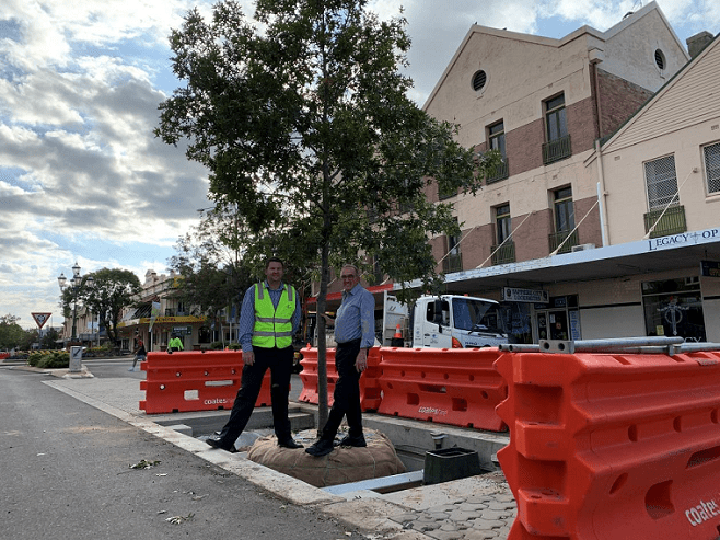 Image: Manager Civil Engineering Justin Pay with Deputy Mayor Anthony Michael in Byron Street.