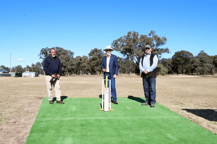 Image: L-R Tingha Cricket Association president Greg Livermore, Inverell Shire Council mayor Paul Harmon and Tingha Recreation Reserve Land Manager Committee's Ivan Coleman.
